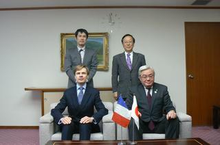 フランス総領事表敬訪問 017n.JPG